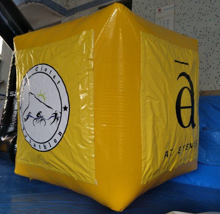 bouées gonflable pour balisage triathlon